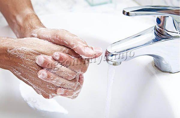 После использования Домоцвета нужно вымыть руки и лицо с мылом