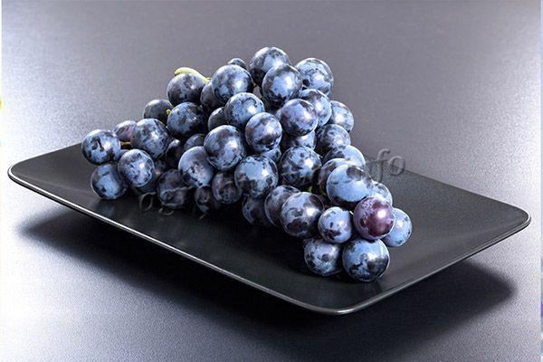 Виноград Изабелла имеет универсальное использование